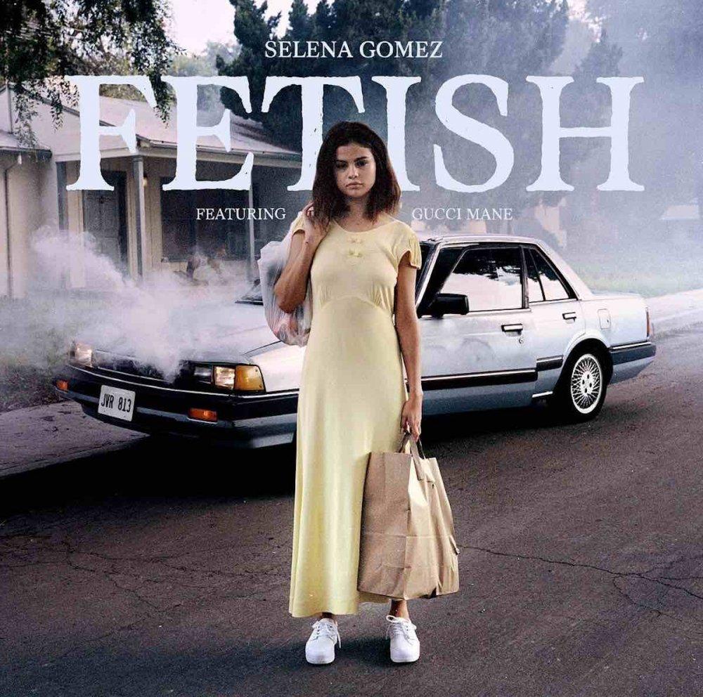 Selena Gomez auf dem Plattencover für Fetish